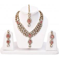 Розовый  традиционный ожерелье комплект ювелирных изделий.