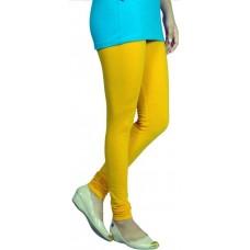 Желтые легинсы.